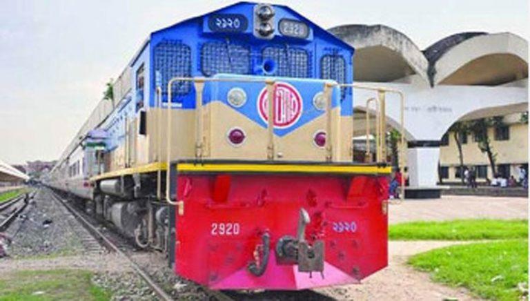 বগি লাইনচ্যুত, সিলেটের সঙ্গে সারাদেশের রেল যোগাযোগ বন্ধ